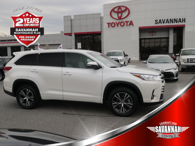Certified Pre Owned 2017 Toyota Highlander Bse